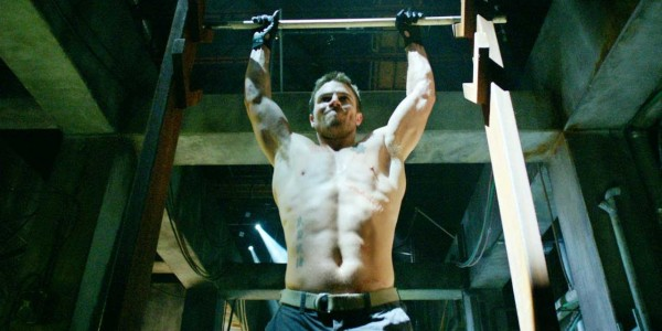 Stephen Amell Workout & Diet: Arrow - Savvy Strength